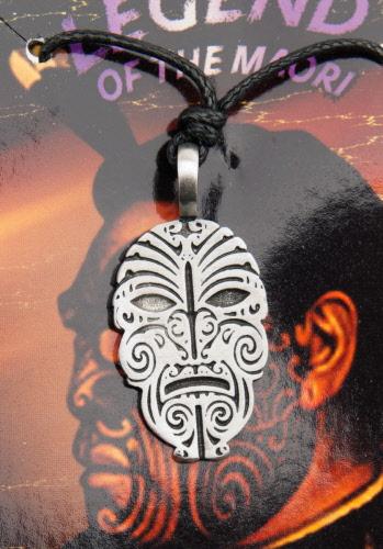 Pendentif étain maori tribal Polynésie Nouvelle-Zelande